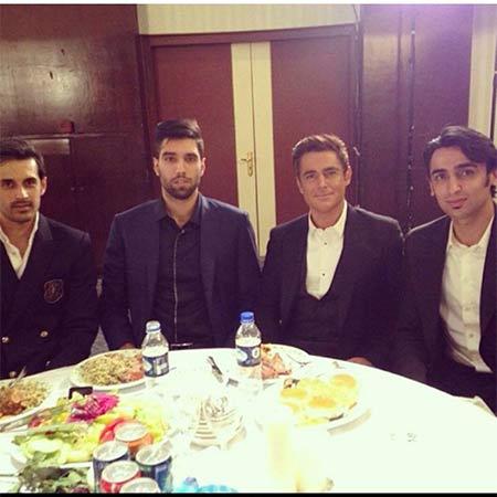عکس جدید و زیبای محمدرضا گلزار در کنار پوریا فیاضی و سید محمد موسوی و سعید معروف
