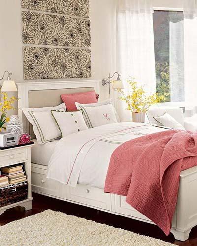 طرح چیدمان اتاق خواب با عناصر رنگی محدود