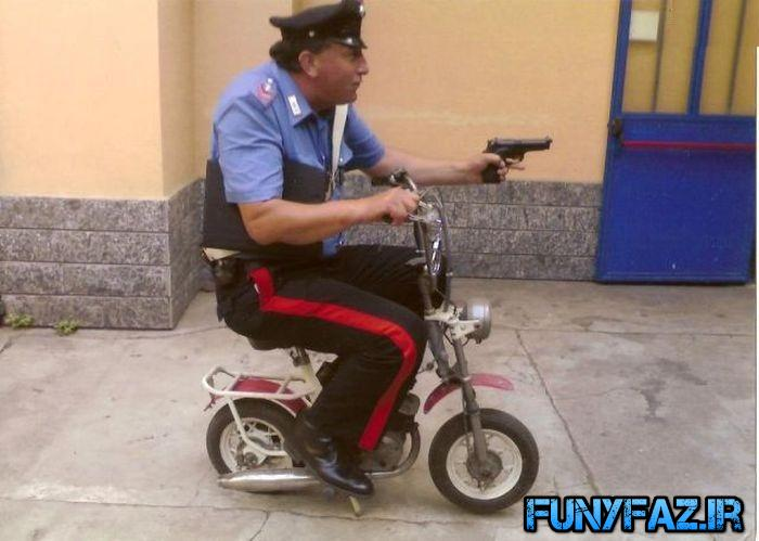 پلیس های امروزی!بدون شرح!!!+عکس
