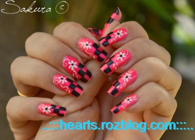 http://rozup.ir/up/hearts/Pictures/mosaic-nail-design.jpeg