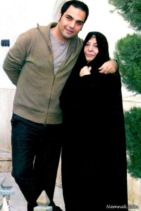 عکس احسان علیخانی در کنار مادرش