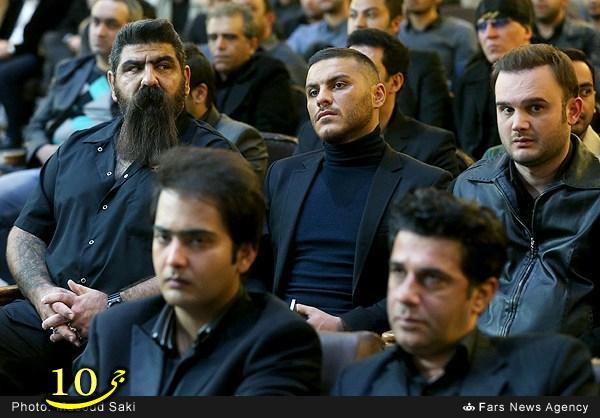 عکس/ بادیگارد یک خواننده در مراسم پاشایی (آرمین توایافام)