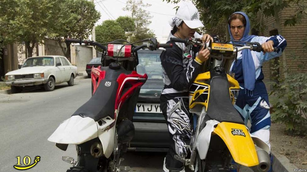 تصاویر بسیار جالب از موتورسواری دختران در تهران