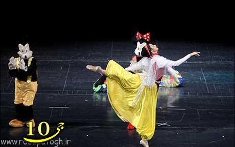 تصاویری باور نکردنی از رقصیدن دختران ایرانی در تالار وحدت