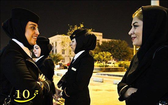 مهمانداران زن در قطار های ایران عکس
