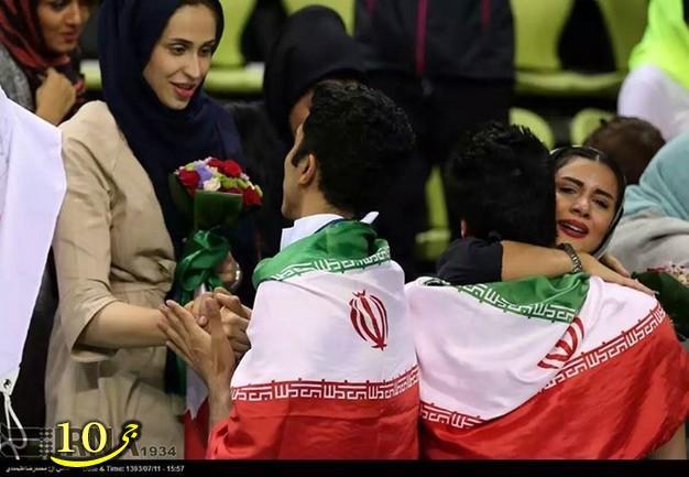 جشن قهرمانی والبالیست ها در اغوش همسرانشان  گزارش تصویری