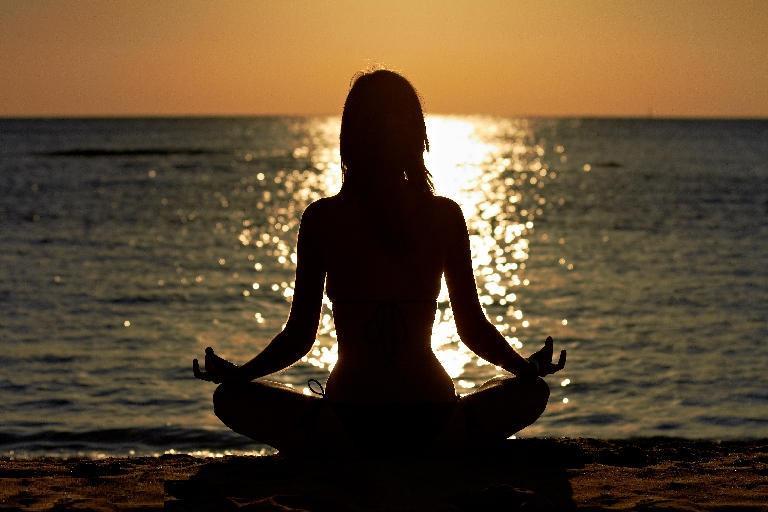 مطالبی در مورد یوگا و تاثیر آن بر سلامتی و روان افراد