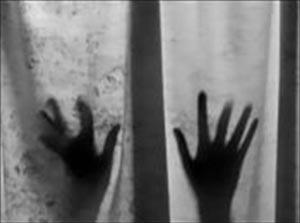 دختری بیمار در بیمارستان مورد تجاوز قرار گرفت!