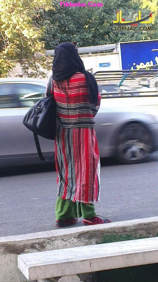 دختر تهرانی با لنگ حمام در خیابان! / عکس