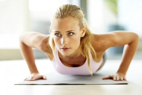بزرگ کردن طبیعی سینه با تغذیه و ورزش