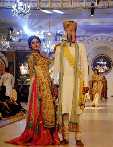 عکس های جدبد از هفته مد و لباس در پاکستان