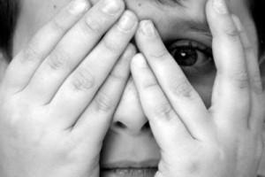 بازداشت ۶ دختر و پسر به خاطر کلیپ مبتذل + عکس