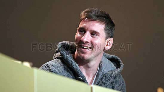 http://rozup.ir/up/justbarca/Pictures/Gala/10.jpg