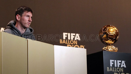 http://rozup.ir/up/justbarca/Pictures/Gala/7.jpg