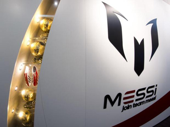 http://rozup.ir/up/justbarca/Pictures/Messi_Museum/Messi_Museum_(4).jpg