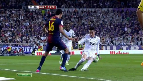 http://rozup.ir/up/justbarca/Pictures/Na_Davari_El_Clasico/12.JPG