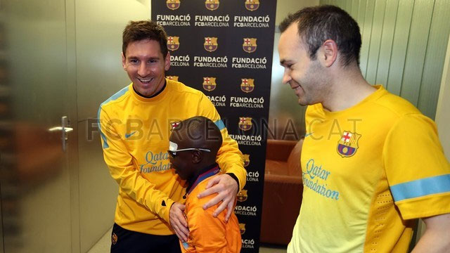 http://rozup.ir/up/justbarca/Pictures/blind_child/12.jpg