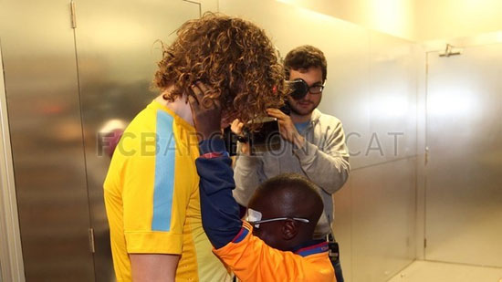 http://rozup.ir/up/justbarca/Pictures/blind_child/3.jpg