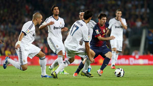 http://rozup.ir/up/justbarca/news_6/Messi_Equaling_Record_El_clasico.jpg