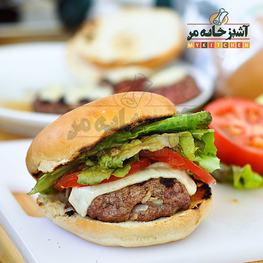 http://rozup.ir/up/khabarcom/Mykitchen/Pictures/food/2012-06-11-Burgers12.jpg