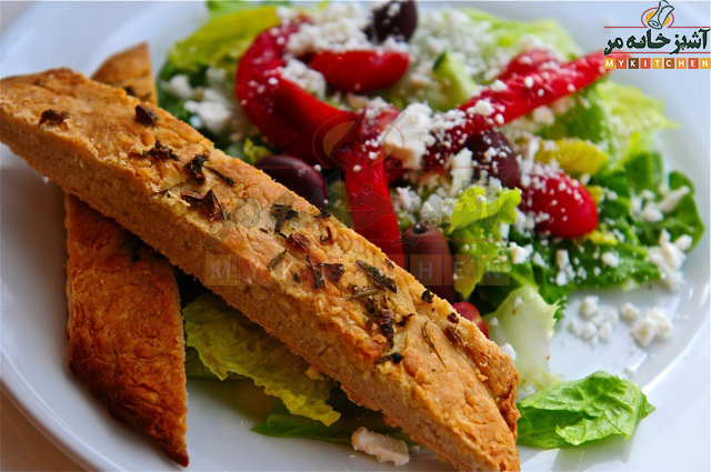 http://rozup.ir/up/khabarcom/Mykitchen/Pictures/food/salad-and-bread.jpg