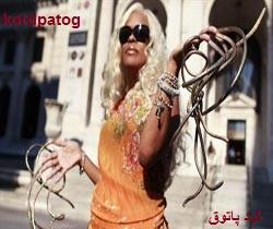 زنی با ناخن 6متری ! / عکس