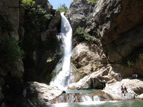 ابشار زیبای شلماش واقع در شهر سردشت کردستان آبشار...