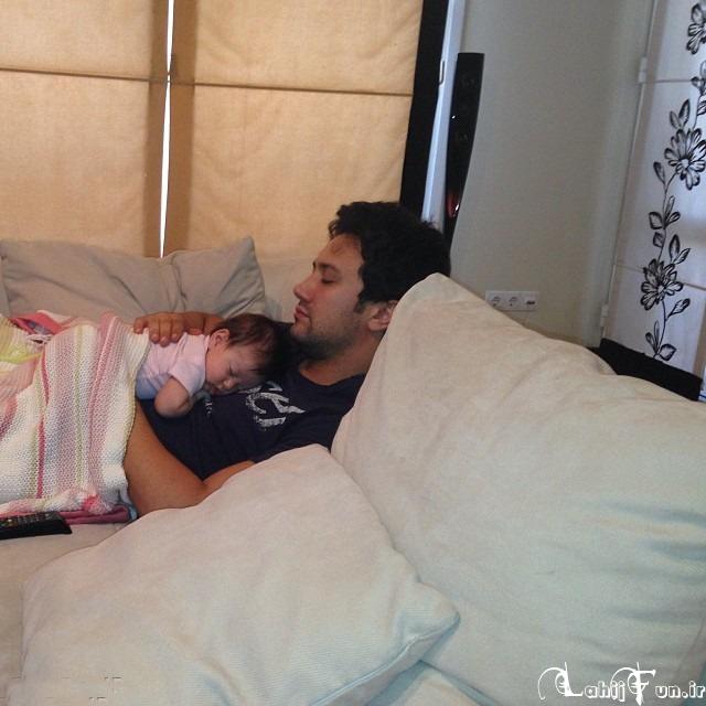 عکس زیبای شاهرخ استخری و دخترش