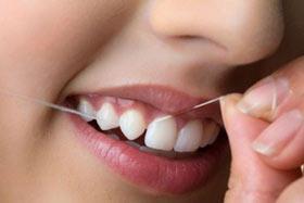 آموزش تصویری استفاده از نخ دندان
