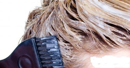 عوارض رنگ مو را جدی بگیرید !!