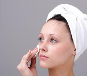 پاک کننده های مناسب پوست