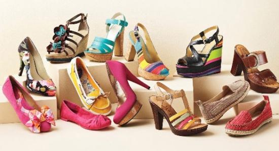 چه کفشی بخرید که پایتان را نزند