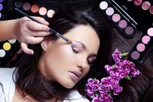 ۱۰ توصیه آرایشی برای پوست های چرب