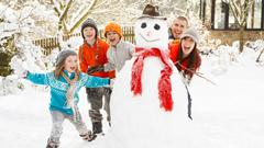 snowman_children_people_joy_winter_free_photos161144.jpg (240×135)