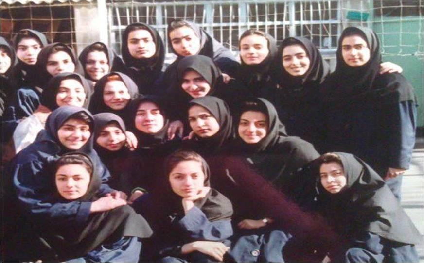 عکس مهناز افشار دوران دبیرستان