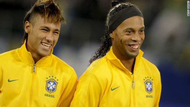 مجموعه تصاویر نیمار در تیم ملی برزیل به در خواست دوستان
