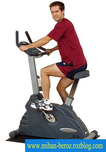 آموزش بدنسازی همراه با دوچرخه ثابت