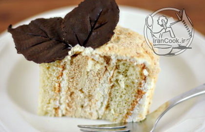 آموزش درست کردن کیک مرنگ میوه ای