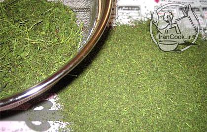 آموزش درست کردن خشک کردن سبزی در ماکروفر