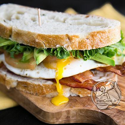 آموزش درست کردن ساندویچ گوشت و تخم مرغ