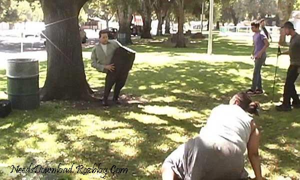شعبده بازی و دوربین مخفی با هم -needsdownload.rozblog.com