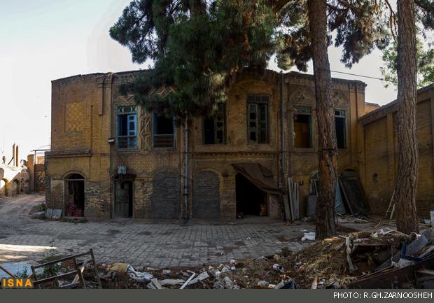 عمارت قجری نیشابور از حالت انباری خارج شد
