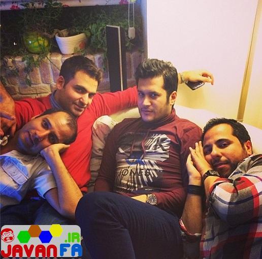 http://rozup.ir/up/omidsmart/Pictures/3/siavash-kheyrabi-april93/siavash-kheyrabi-friends-12.jpg