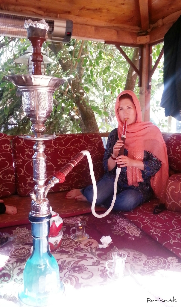 زن انگلیسی که دو ماه ایران را با موتور گشت (+عکس)