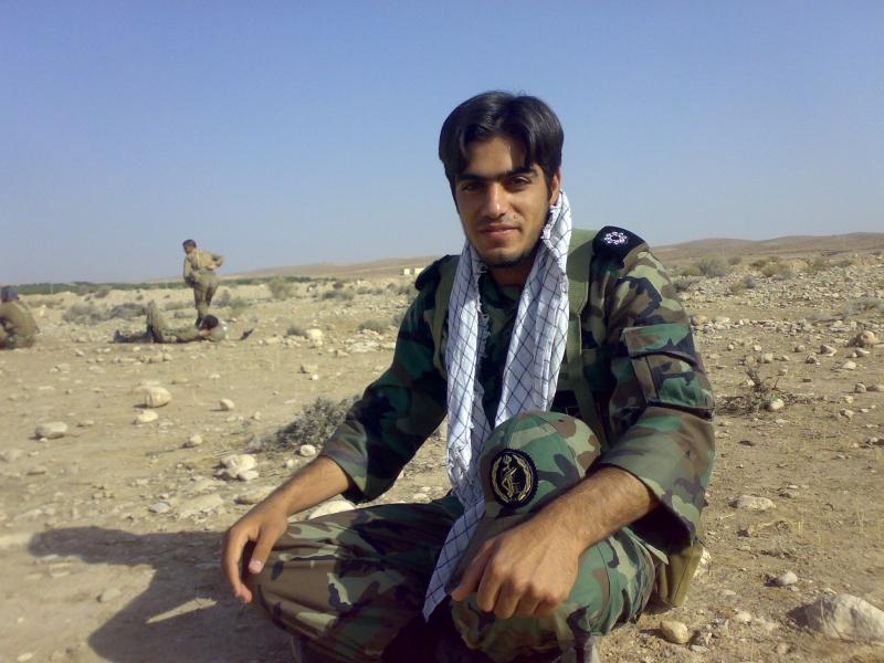 http://rozup.ir/up/pbahonar/1393/2Tabestan/Shahid_Ghasem_Ghasemi/_.jpg