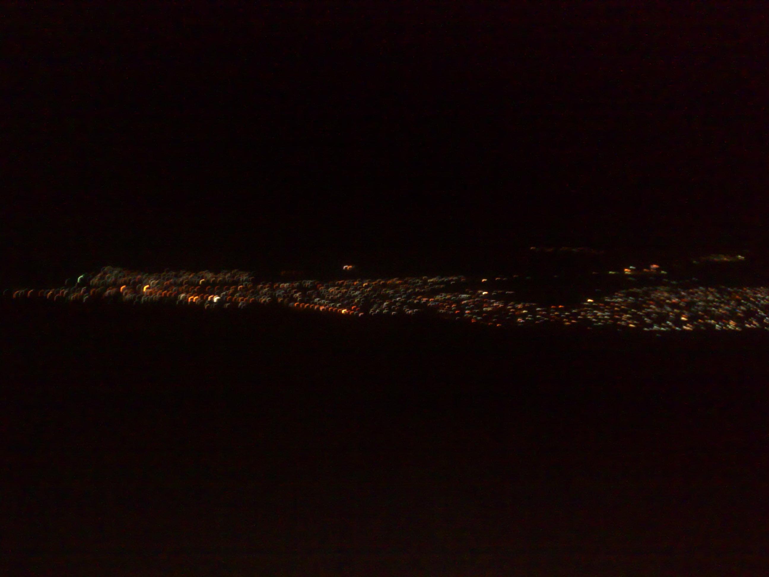 نمایی از شهر از بلندای کوه