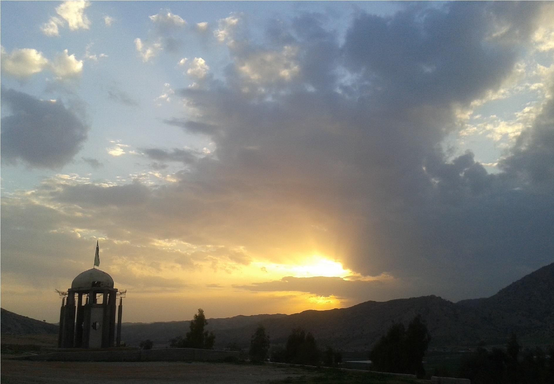 شهدای گمنام شهر قائمیه