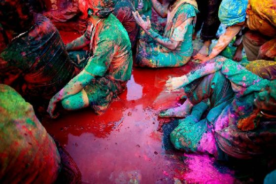 عکس جشن هندی: تصاویر جشن رنگ ها در هند
