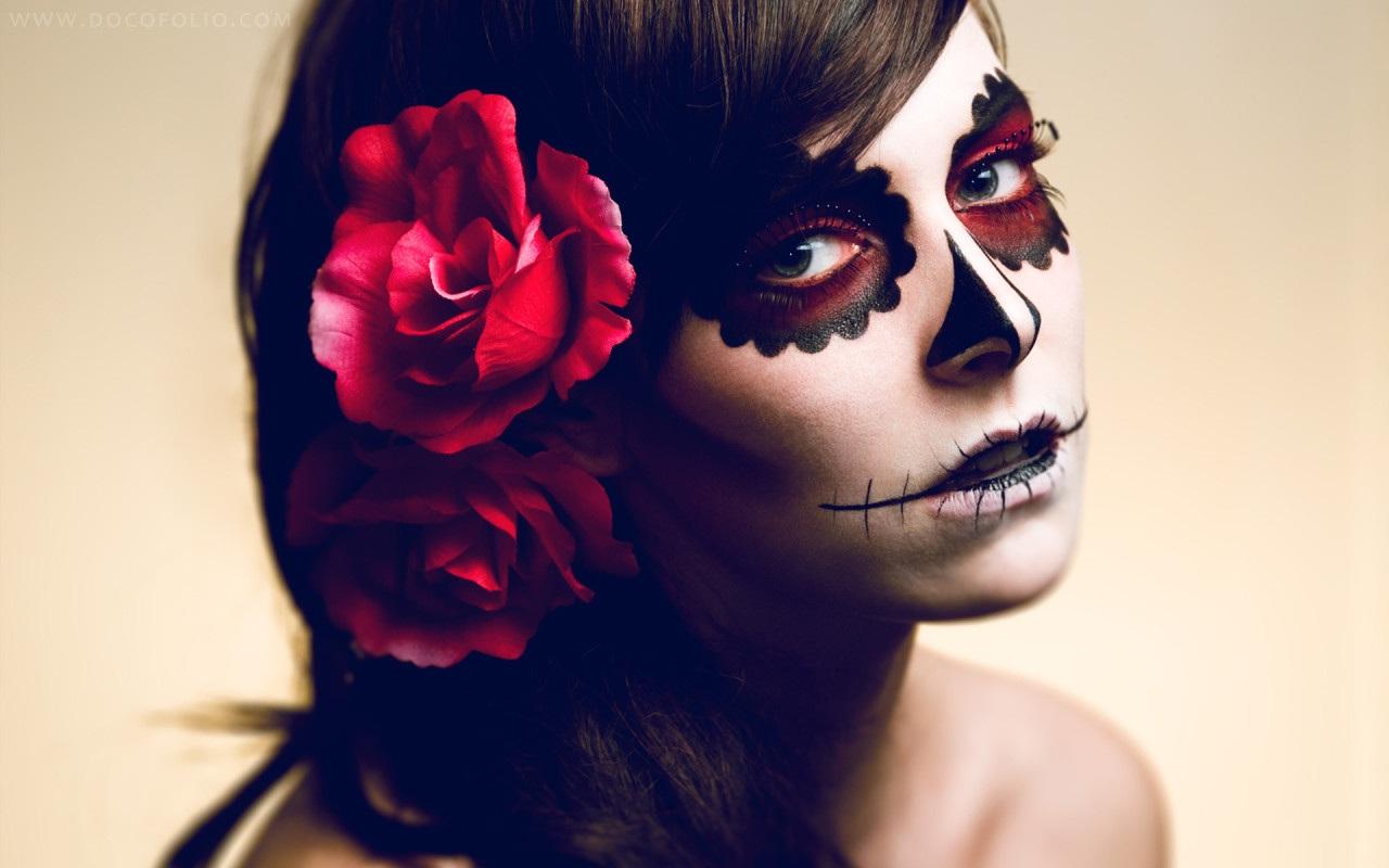 والپیپر دختر هالووین