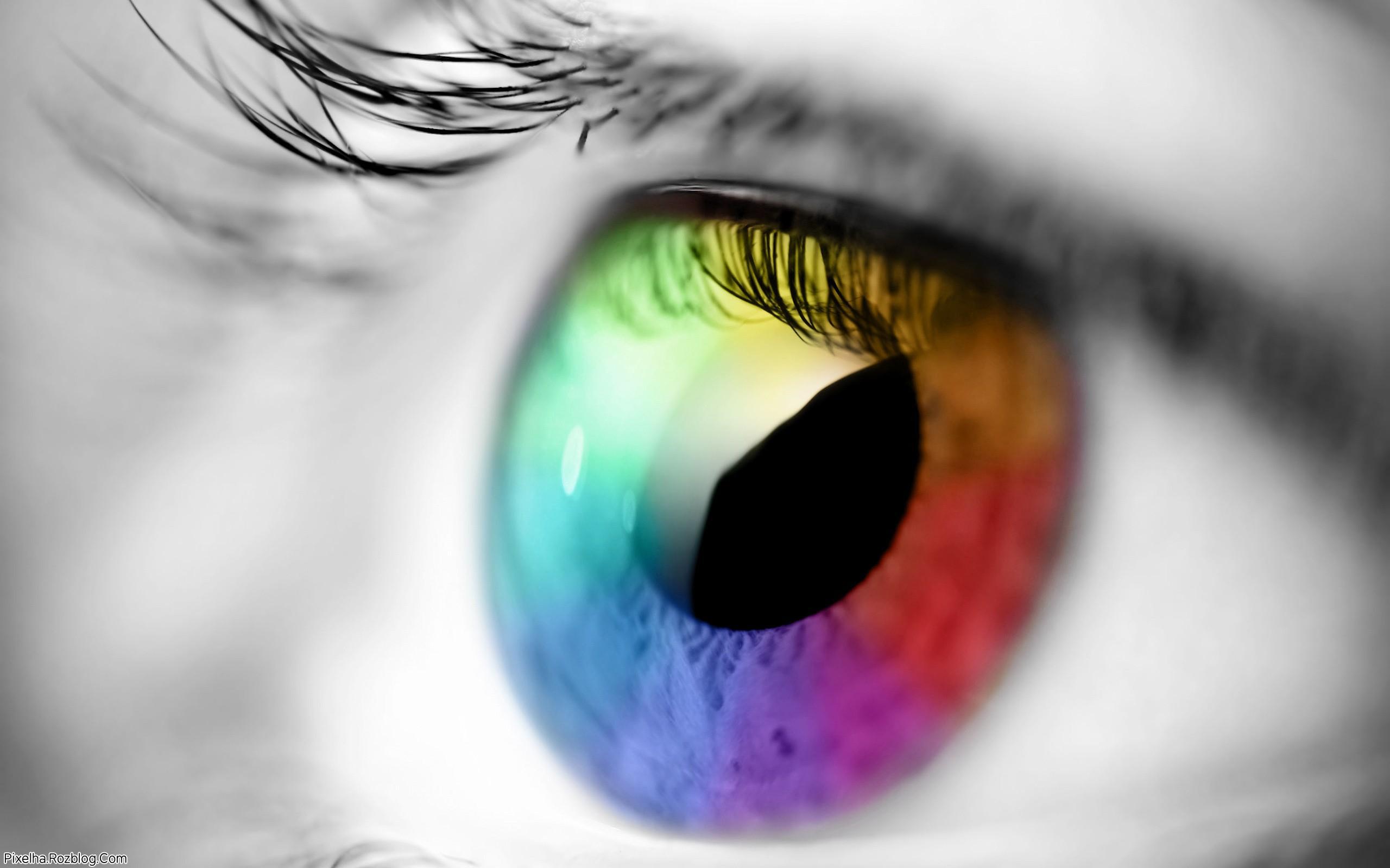 چشم رنگارنگ